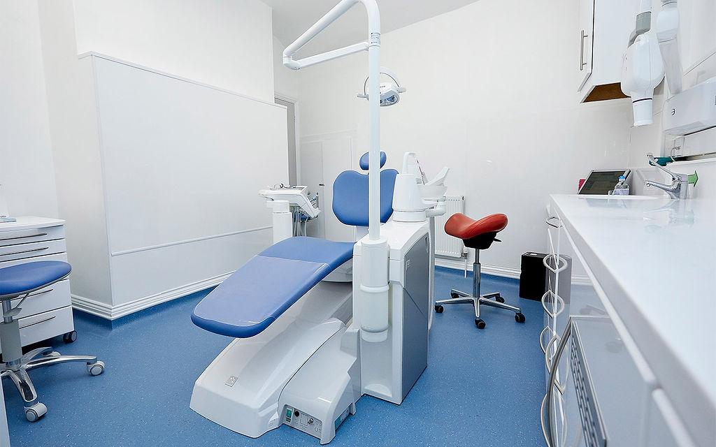 Allington-Clinic-Room-min.jpg